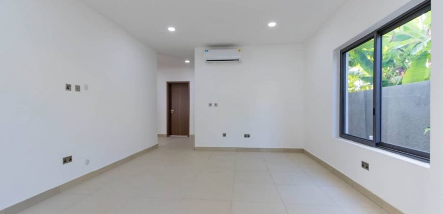 5 BEDROOM HOUSE FOR SALE IN EAST LEGON