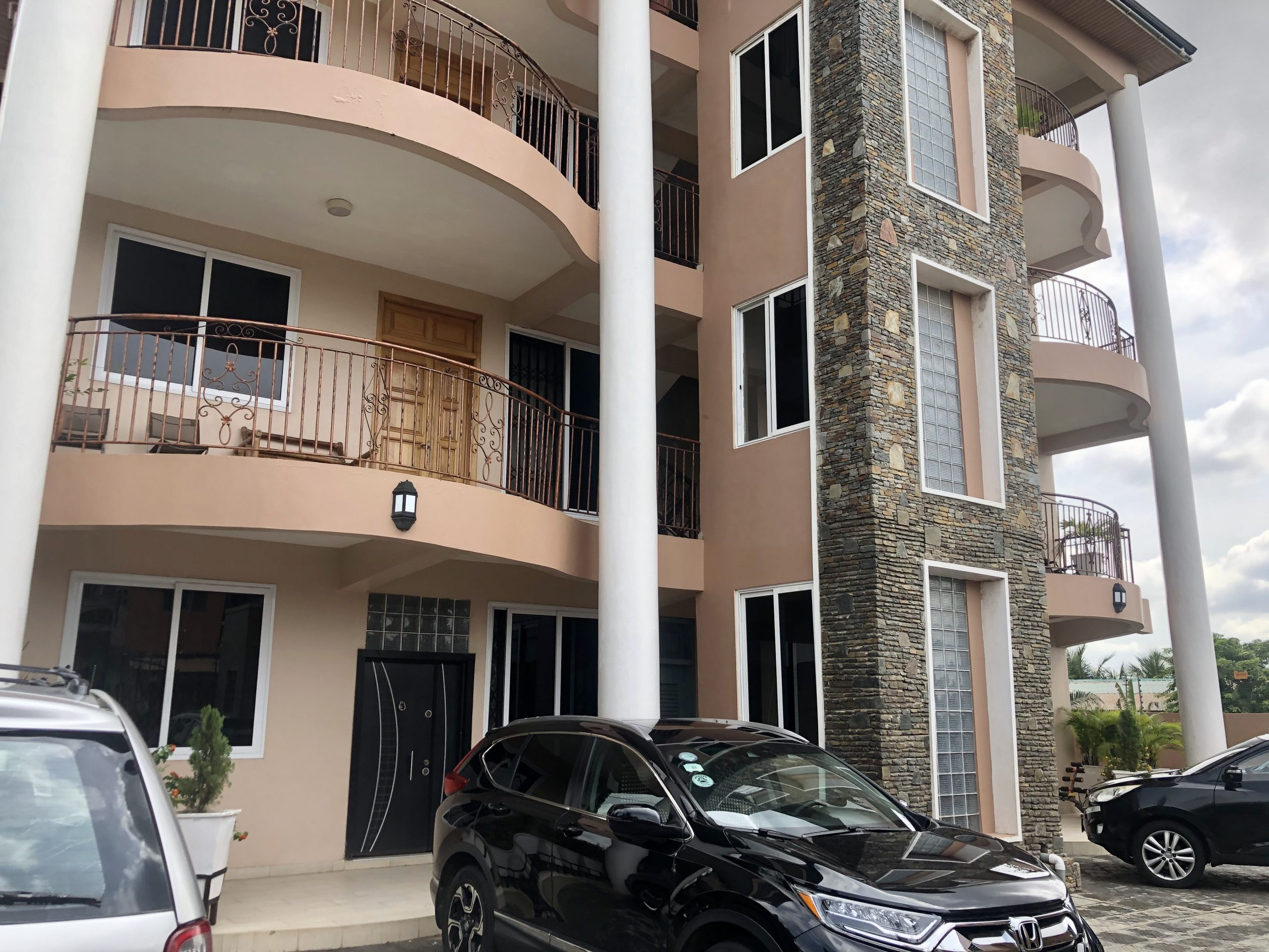 2 BEDROOM UNFURNISHED APARTMENT FOR RENT IN TSE ADDO (ACCRA)