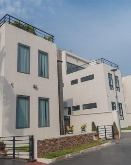 4 BEDROOM HOUSE FOR SALE IN AIRPORT RESIDENTIAL