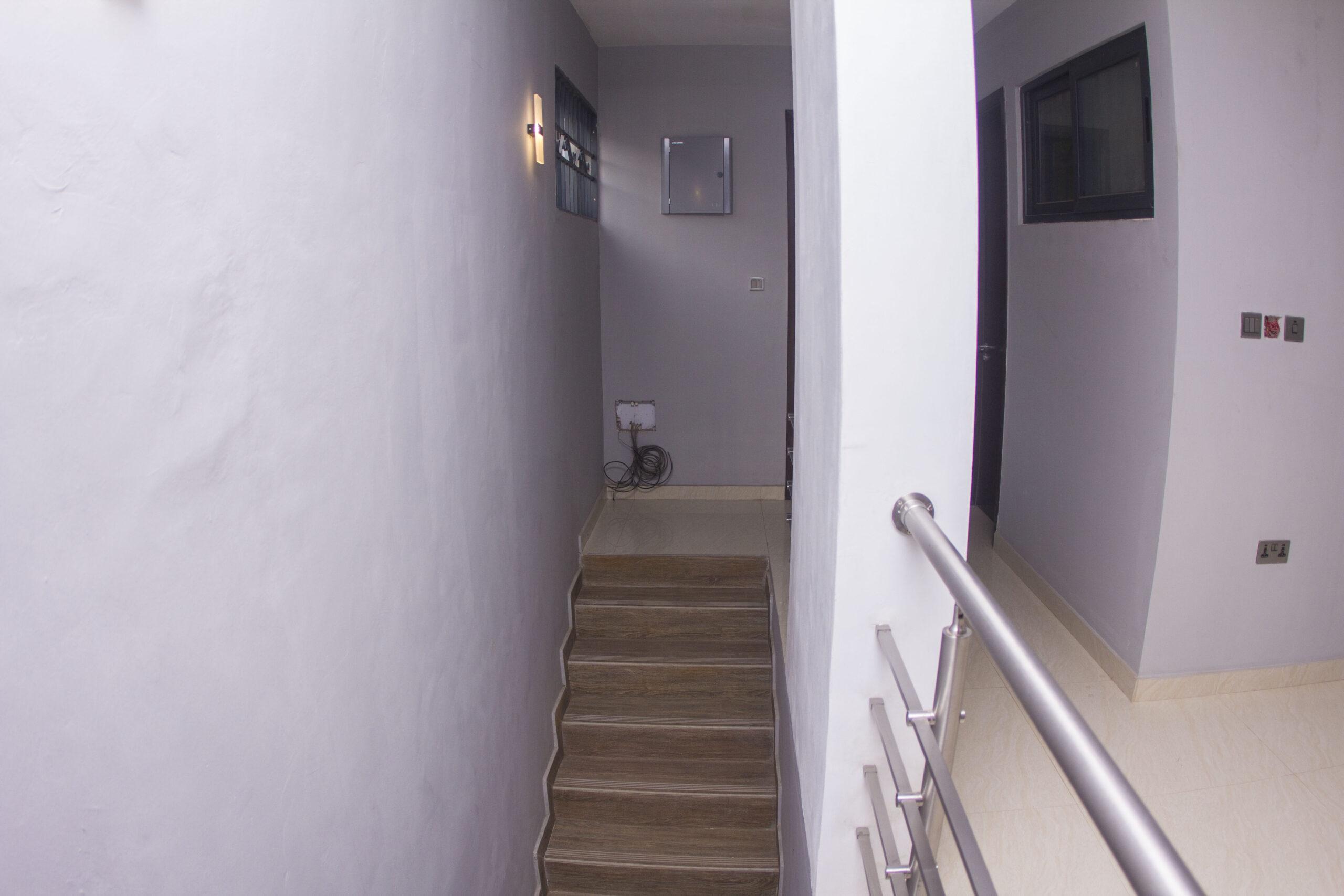 4 BEDROOM HOUSE FOR SALE IN AYI MENSAH