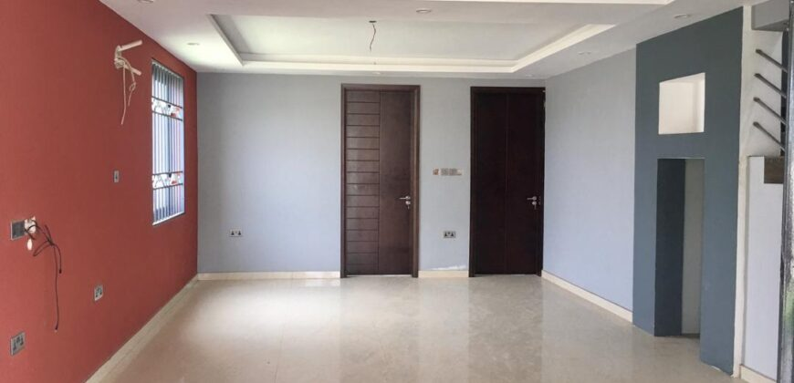 4 BEDROOM HOUSE FOR SALE IN AYI MENSAH
