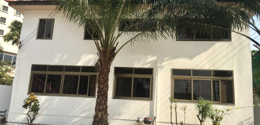 4 BEDROOM HOUSE RENTING IN AIRPORT RESIDENTIAL AREA