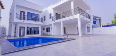 6 BEDROOM VILLA SELLING AT NMAI DZORN, ACCRA
