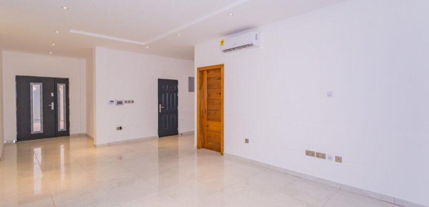 6 BEDROOM VILLA SELLING AT NMAI DZORN, ACCRA