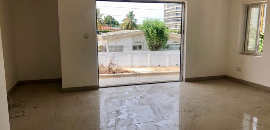 5 BEDROOM HOUSE FOR SALE IN CANTONMENTS, ACCRA