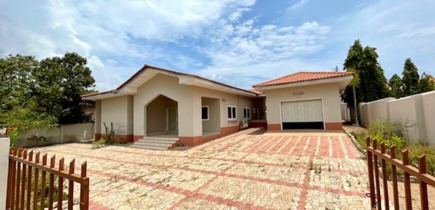 3 BEDROOM HOUSE FOR RENT IN EAST AIRPORT, REGIMANUEL ESTATE